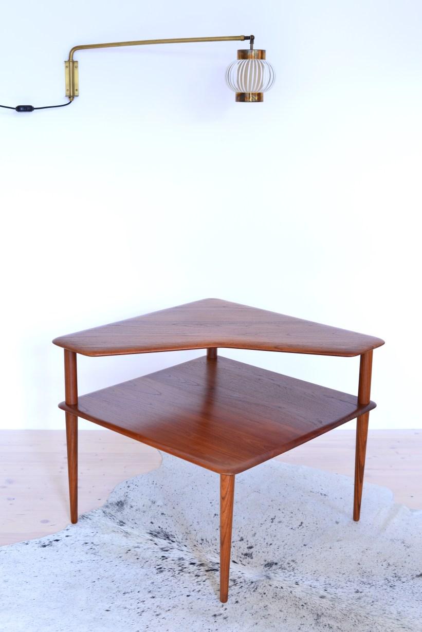 Peter-Hvidt-Corner-End-Table-Minerva-Denmark-1960s-heyday-möbel-Zürich-Vintage-05