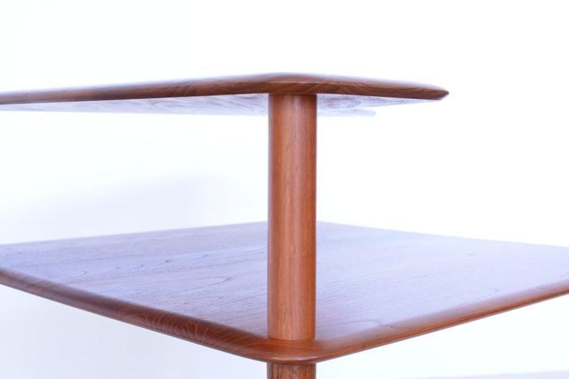 Peter-Hvidt-Corner-End-Table-Minerva-Denmark-1960s-heyday-möbel-Zürich-Vintage-11