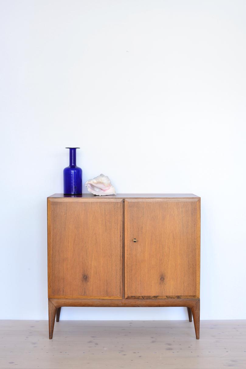 Sröbel-Palisander-Kommode-Cabinet-in-Rosewood-Switzerland-196s-heyday-möbel-Zürich-15