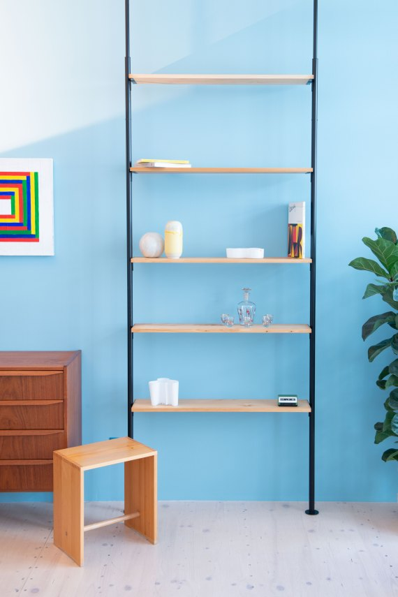 Telescopic_Shelving_Unit-in_Pine_9879