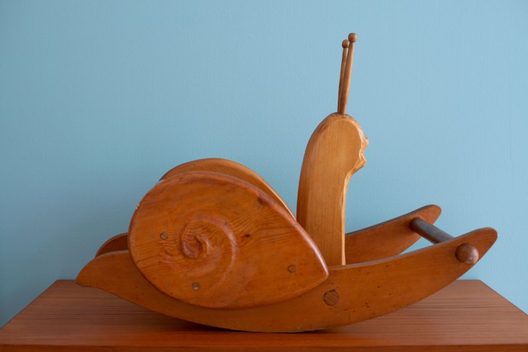 Antonio_Vitali_Rocking_Snail_1950s_heyday_möbel_Zürich_1714