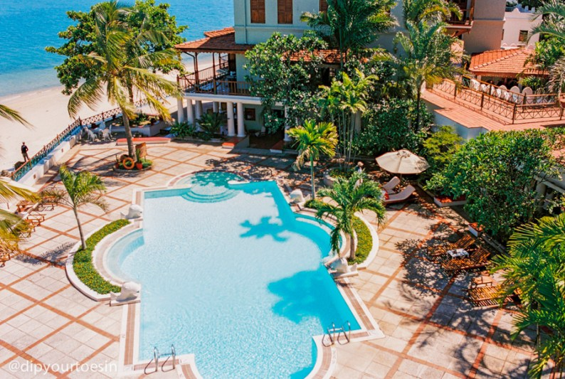 Sea view simming pool at Zanzibar Serena Hotel