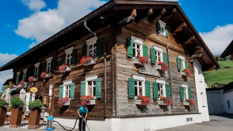 Hûs Nr. 8 restaurant and bar in Lech, Vorarlberg, Austria