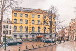Stop by Hotel Des Indes