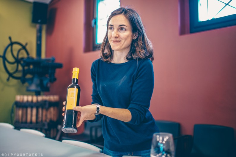 Sampling olive oils with Gemma Roig Aubert | Mas Llunes | Wine Tourism in Empordà