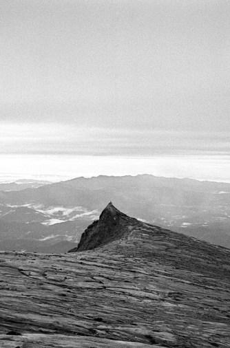 South Peak (3922m)