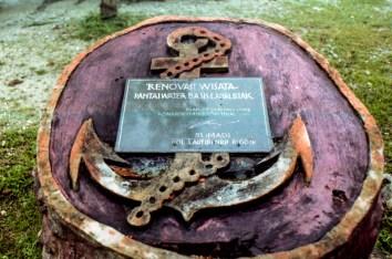 Renovation plaque