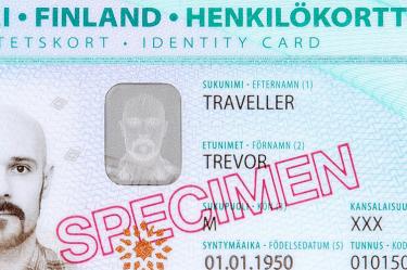 viajar é preciso, viagem, Europa, Finlândia, Helsinki, destino, viajando pelo mundo, #ondeestálili, #heyiamlili, morar fora, morando fora, turismo, roteiro de viagem, viajar, mochilão, mochilando, blog de viagem, carteira de identidade, documento finlnadês