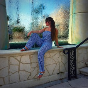 Jumpsuit: Original Piece Shoes: Jack Rogers Accessories: GBeads, MK Watch, Raybans
