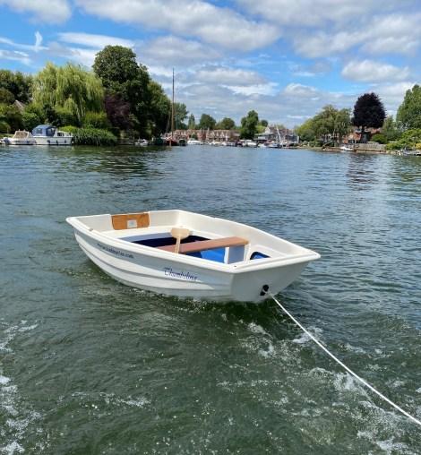 Heyland Tadpole Pond Boat18