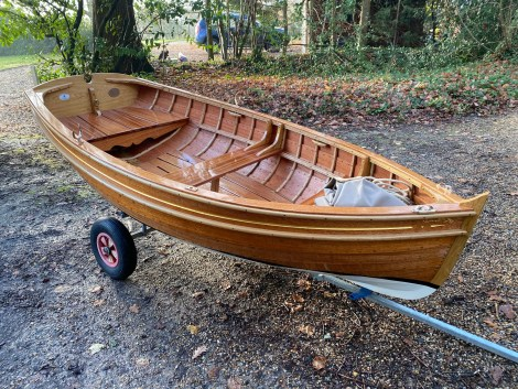 Traditional Wooden Clinker Rowing Boat9