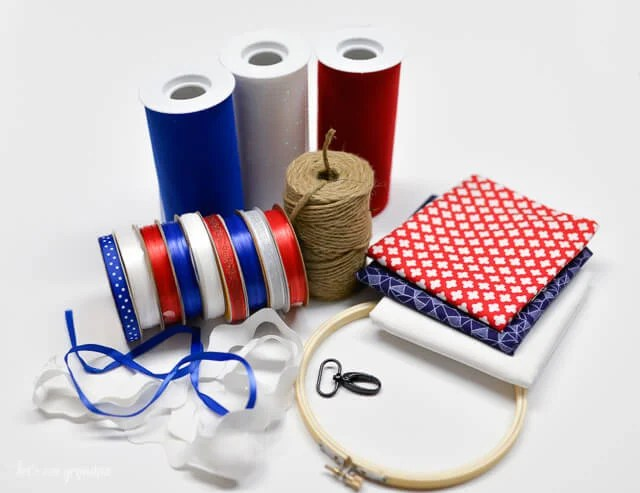 Make a fun and festive patriotic windsock with materials you probably have in your craft room already! #fourthofjuly #memorialday