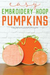 Looking for an easy Halloween decoration? These pumpkin embroidery hoops take less than 15 minutes to make!