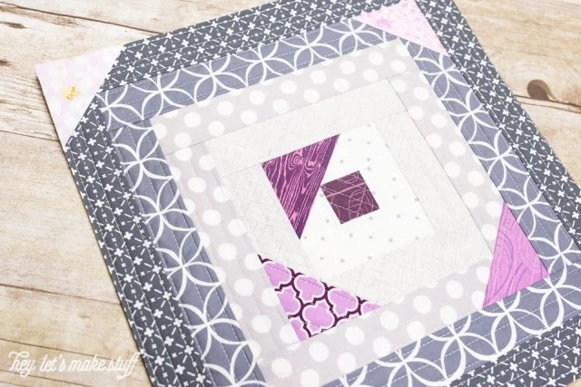 Finished modified log cabin block using the quilt-as-you-go (QAYG) method