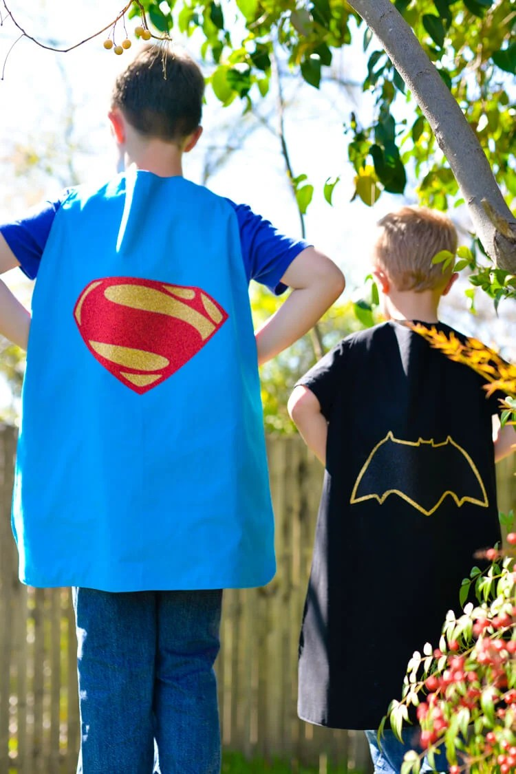 Batman and Superman DIY capes on kids