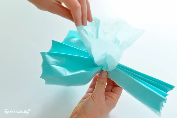 how to make tissue paper jellyfish