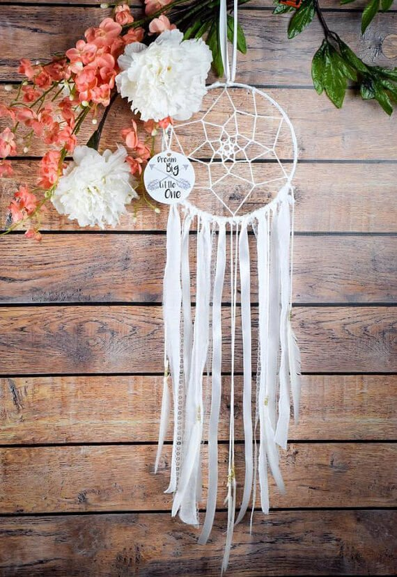 DIY Nursery Dreamcatcher Kit - If you love the delicate, boho style of a dreamcatcher, here are 10+ dreamcatcher tutorials for you to try to make your own!