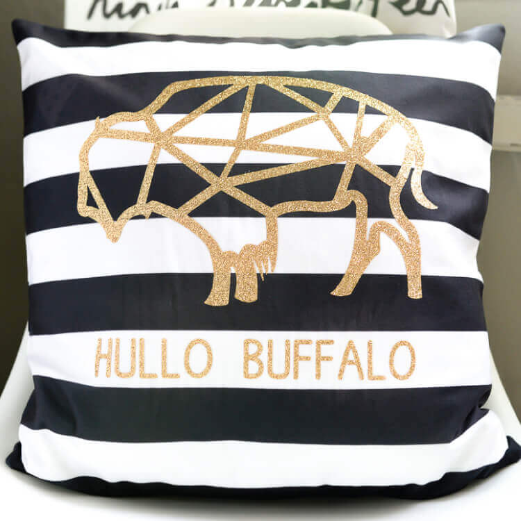Hullo Buffalo Iron On Vinyl Pillow With The Cricut Explore