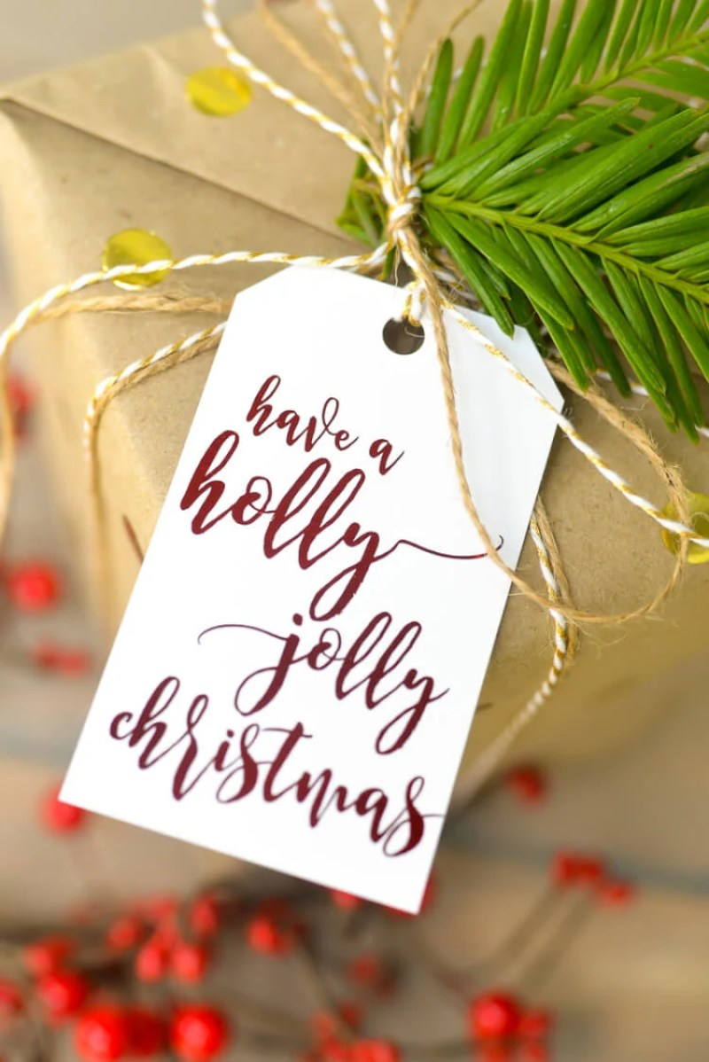 Make your Christmas gifts merry and bright with these Christmas carol gift tags! Use Therm O Web's Deco Foil to dress up these gift tags, and you'll be sure to have a holly jolly Christmas this year.