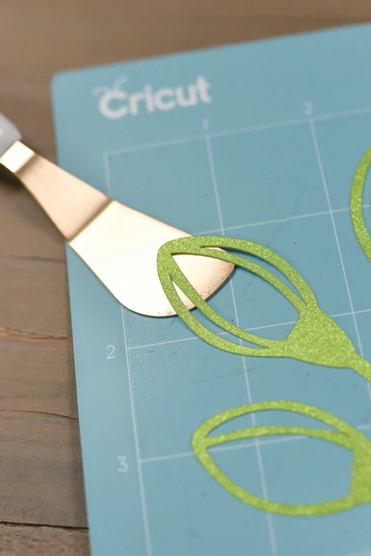 Tips For Removing Materials From Your Cricut Mat Hey