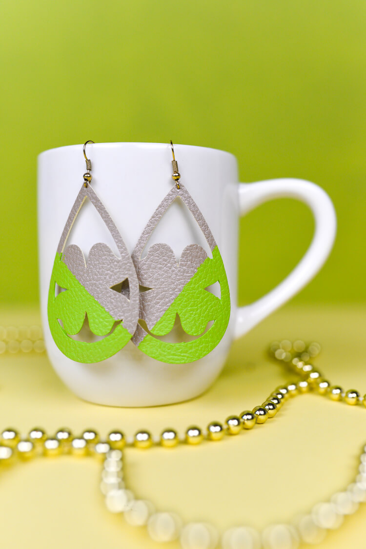 Use your Cricut to make these cute faux shamrock earrings—they'll keep you from getting pinched on St. Patrick's Day. An easy St. Patrick's Day jewelry project.