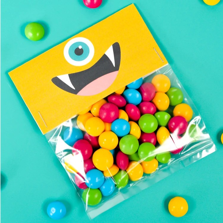 These monster printable halloween treat bags are a cute non-scary Halloween idea, plus they can be used for all sorts of monster parties throughout the year!