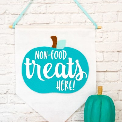 Teal Pumpkin Project SVG Felt Banner