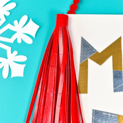 DIY Christmas Banner with Duck Tape®