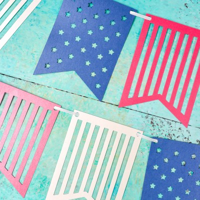 4th of July Paper Banner with the Cricut