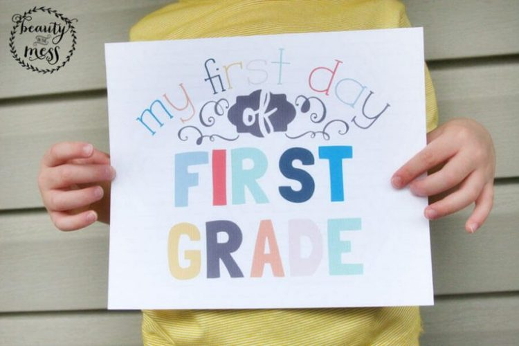 It's time for school and everyone should be smiling! Simplifyingfamily.com shares a fun and bright collection of first day printables, download and print the grades you need today and get ready!