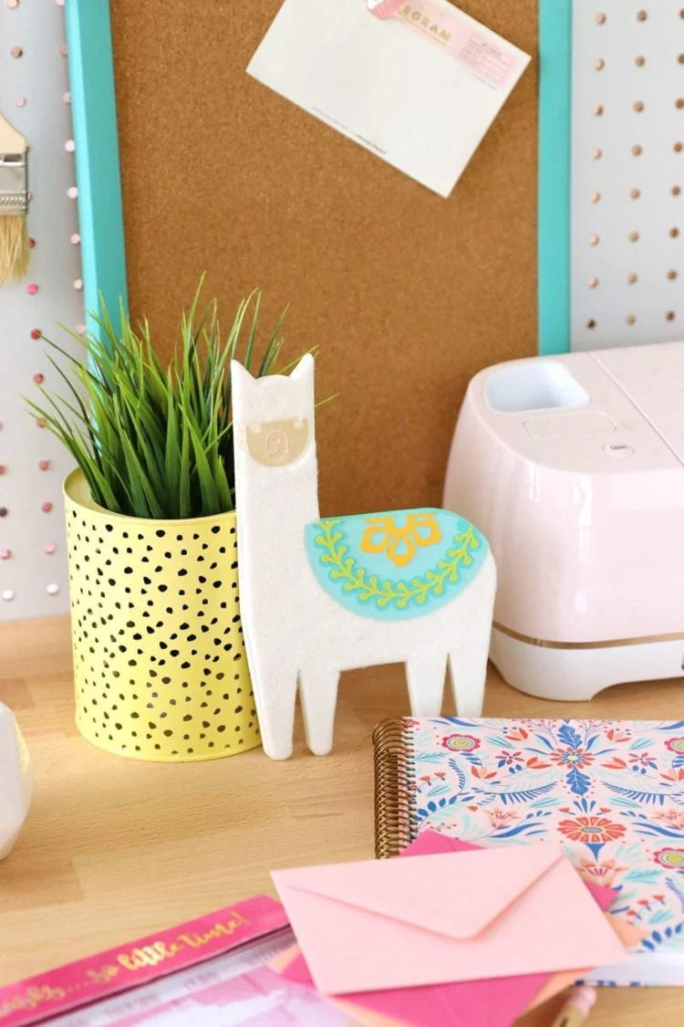 Because we all need a DIY chipboard llama desk buddy. This little guy is simple to put together with your Cricut and this tutorial from damasklove.com.