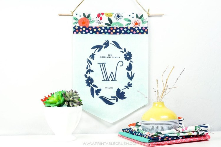 This printable monogram flag would make a thoughtful housewarming gift. Printablecrush.com shares her secrets for printing on fabric with Terial Magic.