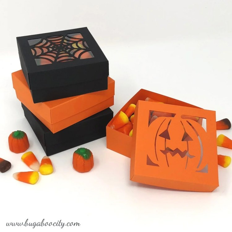 Craftingcheerfully.com made up these DIY Halloween Treat Boxes and lucky for us she's sharing her files and tips so we can make our own set!