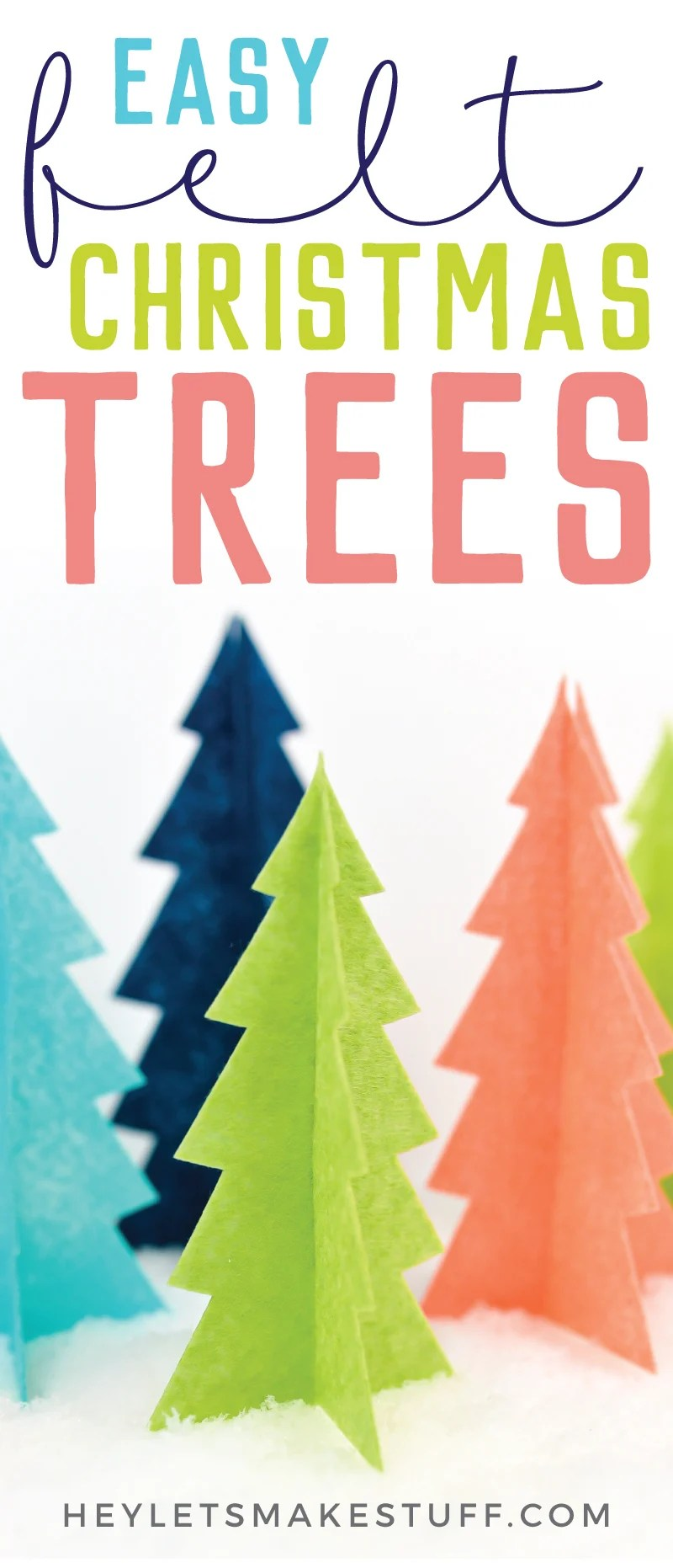 Looking for easy Christmas decor? These felt Christmas trees are so easy to make using your Cricut! Just cut, assemble, and display! via @heyletsmakestuf
