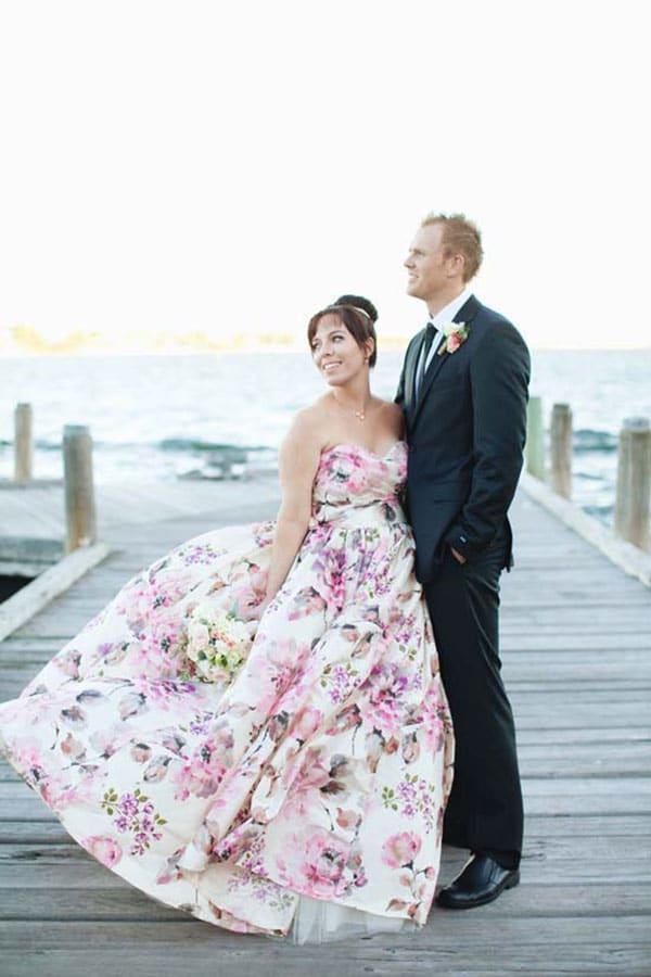 Fab Bridal Alternatives to the White Wedding Dress  Hey Wedding Lady