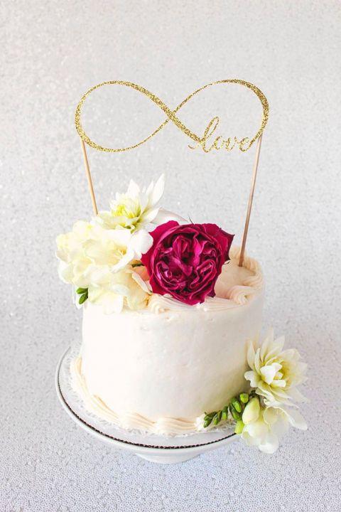 DIY Cake Topper Tutorial With Cricut Hey Wedding Lady