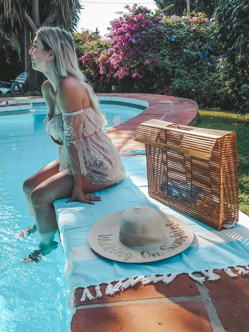Hammam_Towel_Turquoise_by_the_pool