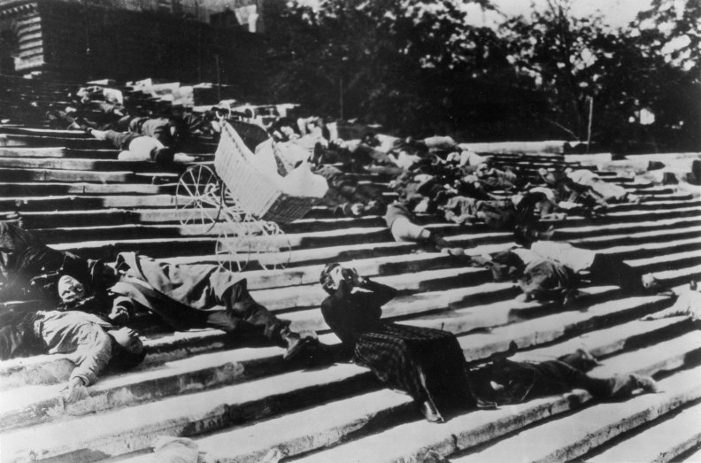 Battleship-Potemkin-sequence-The-Odessa-Steps