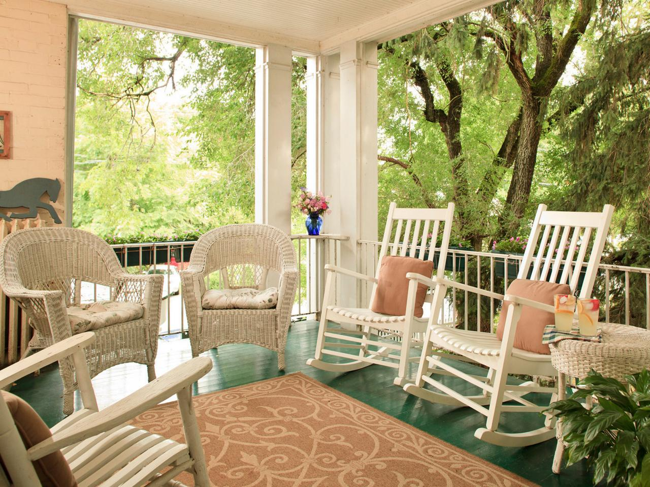 Front Porch Chairs Front Porch Decorating Ideas From Around The Country Diy