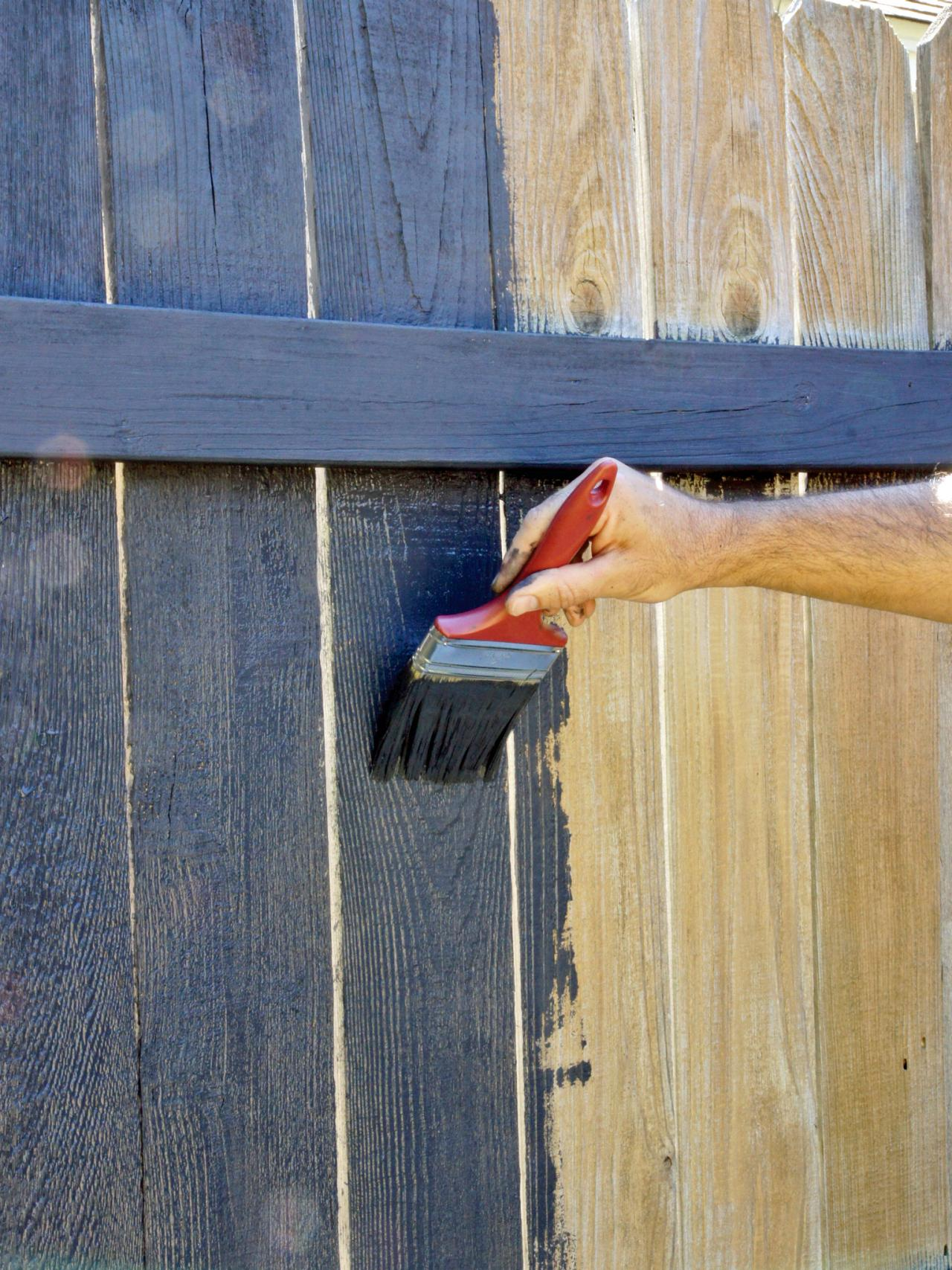 How Long Does Stain Need To Dry On Fence