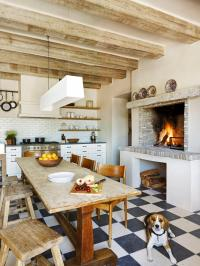 What's Hot About Your Fireplace? | HGTV