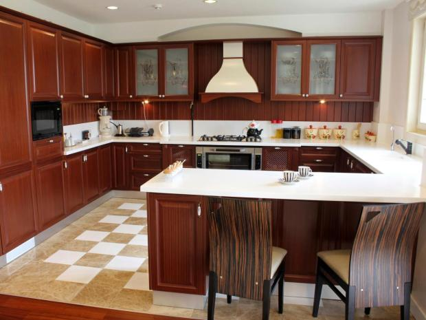 U Shaped Kitchen Layout Ideas - Home Design Ideas on dermatology layouts, u-shaped floor plans, living room layouts, u-shaped kitchenette, closetmaid closet layouts, powder room layouts, house with 6 bedrooms floor plans layouts, corridor layouts, large family room layouts, foyer layouts, u-shaped kitchens 12x12,