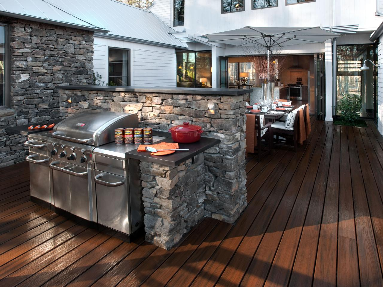 Portable Outdoor Kitchens Pictures Tips  Expert Ideas