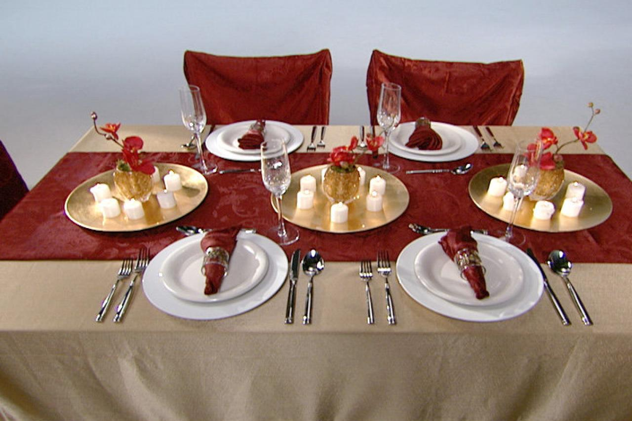 hight resolution of tips for setting a formal or informal thanksgiving table