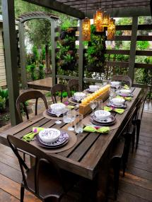 Outdoor Party Table Decoration Ideas