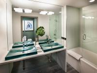 Tropical Bathroom Decor: Pictures, Ideas & Tips From HGTV ...