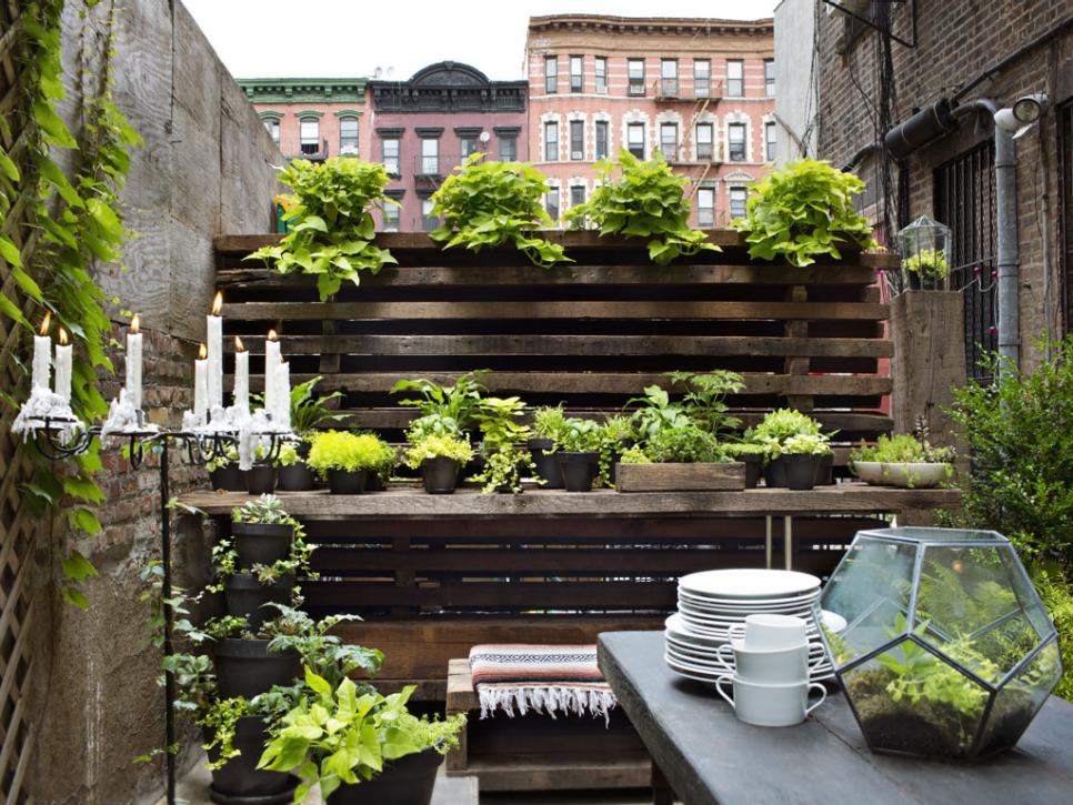 30 Small Garden Ideas & Designs For Small Spaces HGTV