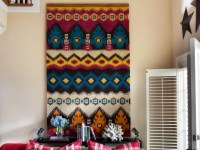 How to Turn a Rug Into a Wall Art Tapestry | HGTV