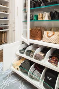Closet Decorating and Design Ideas with Pictures