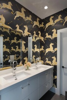 Black and White Bathroom Idea Wallpaper